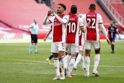 El Ajax amarra su trigésimo quinto título con una goleada
