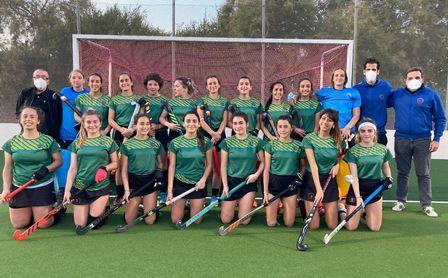 Hockey femenino: Victoria para finalizar la liga.