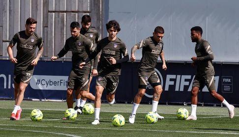 El Atlético inicia la preparación para el Camp Nou sin Giménez y Lodi