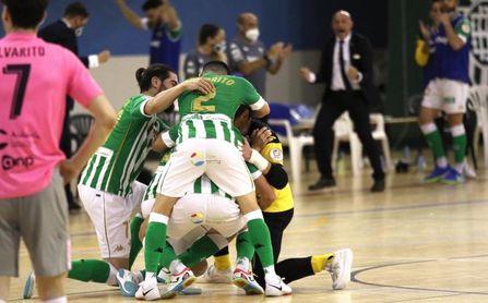 Real Betis Futsal 3-0 UMA Antequera: Portentoso arreón tras el descanso para aferrarse a los 'play offs'