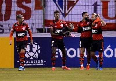 2-3. Flamengo gana con doblete de Gabigol y se afirma en la cima del grupo G de la Libertadores
