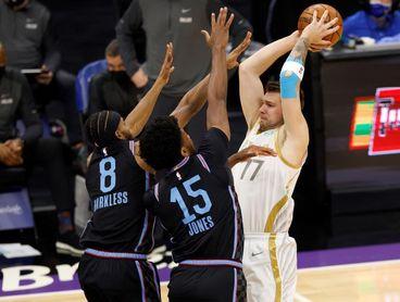 113-109. Doncic no puede con Irving, pero los Mavericks derrotan a los Nets