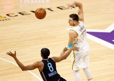110-90. Ante los Cavaliers, Doncic mantiene a los Mavericks líderes y quintos en el Oeste