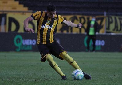 Nacional y Peñarol postergan sus partidos del comienzo del Apertura uruguayo