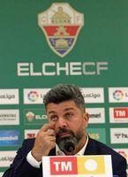 Bragarnik afirma que el Elche no está en venta y que cuenta con Escribá