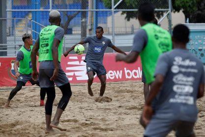 Panamá y Schubert Pérez apuntan al Mundial de fútbol playa en Rusia