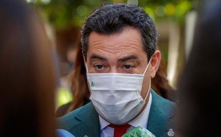 Juanma Moreno alerta de rebrotes por las comuniones y las reuniones familiares.