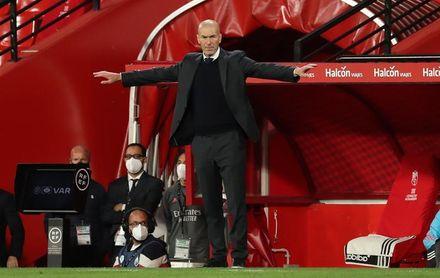 """Zidane: """"Marcelo no viajó porque tenía una molestia"""""""