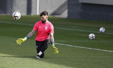 """Herrerín deja el Athletic sintiéndose """"querido"""" y """"con la cabeza muy alta"""""""