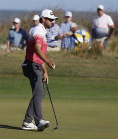 El canadiense Conners asume el liderato del PGA Tour, con dos golpes de ventaja