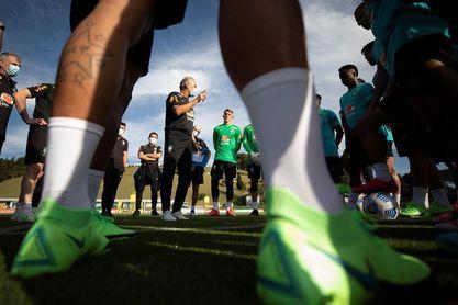 Brasil realiza su primer entrenamiento de cara a los partidos con Ecuador y Paraguay