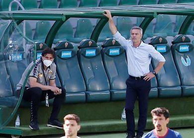 El Elche anuncia la renovación de Fran Escribá por una temporada más