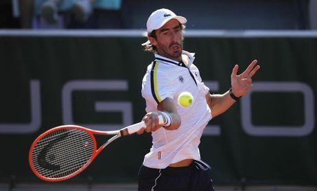 El uruguayo Pablo Cuevas acaba en tres sets con el francés Pouille