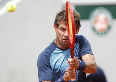 Bautista se hunde en segunda ronda de Roland Garros ante el 150 del mundo