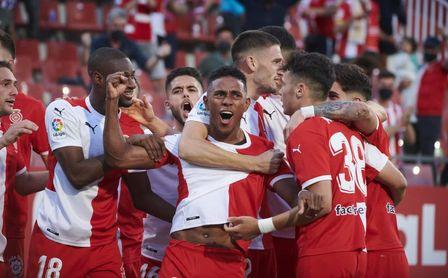 3-0: Un inicio arrollador del Girona aleja al Almería de la final por el ascenso a Primera