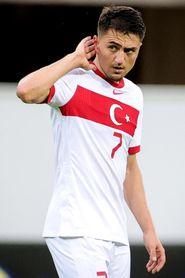 2-0. Turquía cierra la fase de preparación con una cómoda victoria