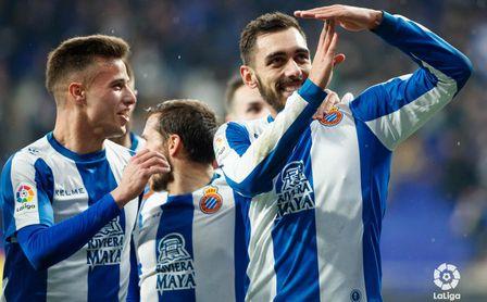 Javi Puado y Borja Iglesias ya compartieron ataque en el RCD Espanyol.