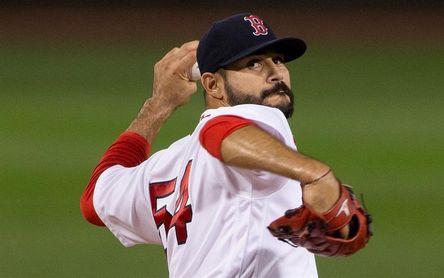 5-1. El venezolano Martín Pérez silencia a los Astros y Boston evita la barrida
