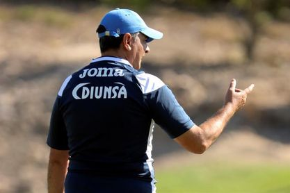 El entrenador argentino Diego Vásquez renueva su contrato con el Motagua