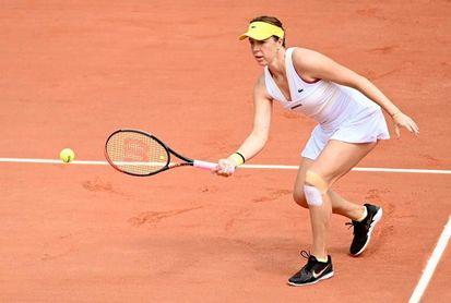 Sabalenka, tercera favorita, también cae en Roland Garros
