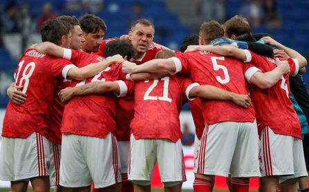1-0. Rusia gana de penalti a una semana de debutar ante Bélgica