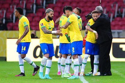 Brasil se empieza a preparar para jugar ante Paraguay en completo silencio