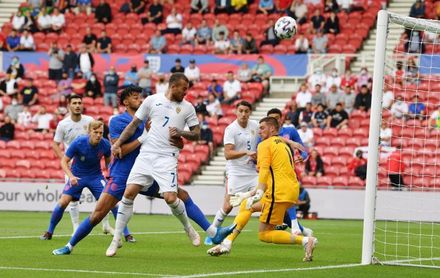 1-0. Inglaterra vence a Rumanía, pero esconde sus cartas