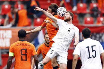 3-0. Países Bajos se da una alegría