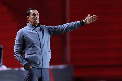Alexandre Guimarães abandona el banquillo del Atlético Nacional