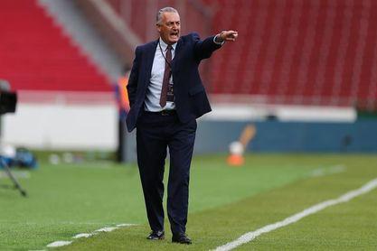 Alfaro: El partido ante Perú se empezará a ganar en la mitad de la cancha
