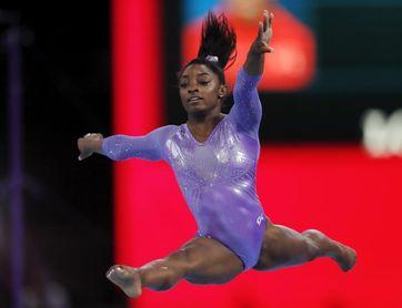 Biles gana su séptimo título nacional, más que cualquier atleta femenina en EEUU