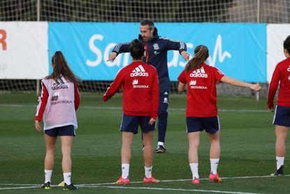 España renueva plantel con juventud para el amistoso contra Bélgica