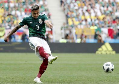 Salcedo y Montes abandonan la concentración de la selección mexicana