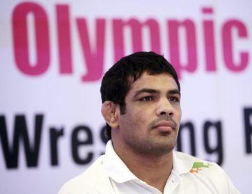 La caída del ídolo olímpico de la lucha libre acusado de asesinato en India