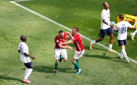 1-1. Francia se atasca en Hungría