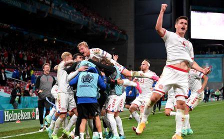 1-4: Dinamarca resucita en el Parken y echa a Rusia