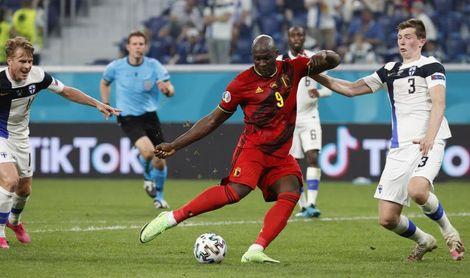 Lukaku y Wijnaldum alcanzan a Cristiano Ronaldo y Schick