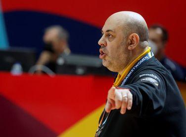 """Mondelo: """"Nuestra defensa nos puede dar una opción con Serbia"""""""