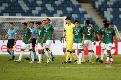Bolivia y Uruguay se enfrentan por conseguir su primera victoria