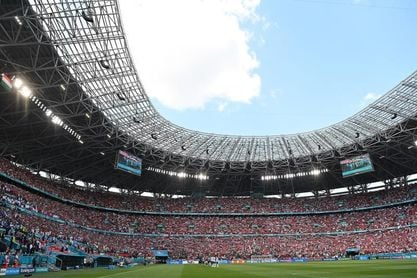 Seis franceses confunden Budapest y Bucarest y se pierden el Hungría-Francia