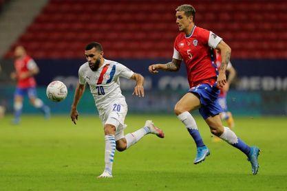 0-2. Paraguay se clasifica frente a una desgastada selección de Chile