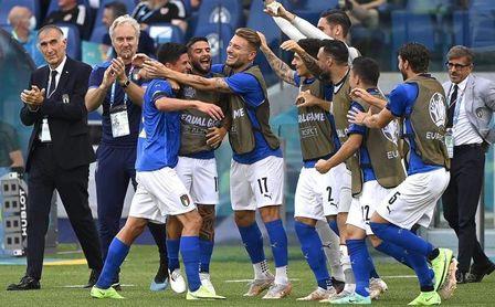 Italia contra la novedad y Alaba