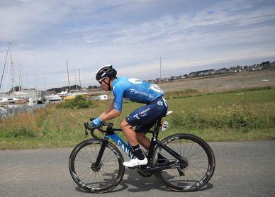 López pierde de nuevo segundos en la segunda etapa
