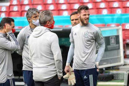España repetirá con la segunda equipación ante Croacia