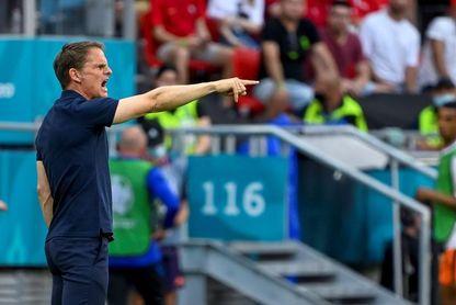 La continuidad de De Boer como seleccionador de Países Bajos pende de un hilo