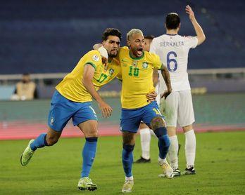 Brasil se relaja tras la victoria ante Chile pero ya piensa en Perú