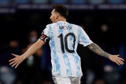 """Messi: """"Sacamos adelante un partido difícil y dimos un paso más"""""""