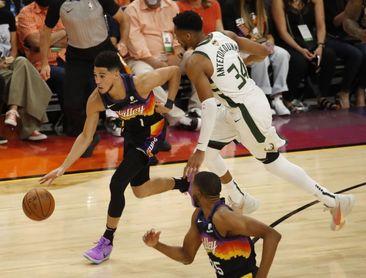 118-105: Los Suns toman ventaja ante unos Bucks que recuperan a Antetokounmpo