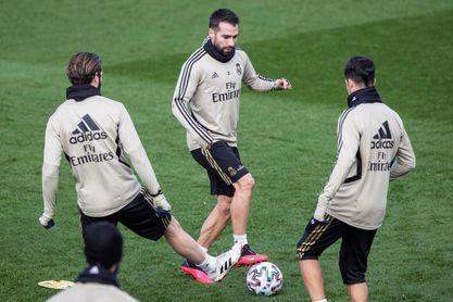 Carvajal y Lucas Vázquez entrenan con el grupo mientras Mendy sigue al margen