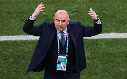 Rusia despide al seleccionador Stanislav Cherchésov tras el fracaso en la Eurocopa